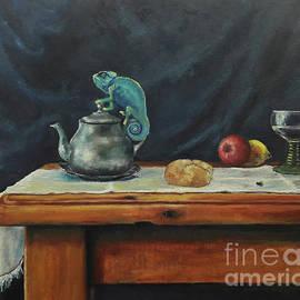 Maja Sokolowska - Still life with a chameleon