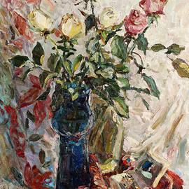 Juliya Zhukova - Still life with roses