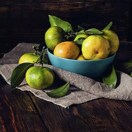 Vsevolod Belousov - Still Life with Yellow-green Tangerines