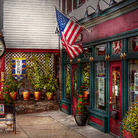 Mike Savad - Store - Flemington NJ - Historic Flemington