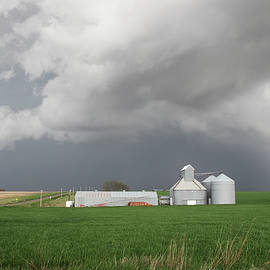 Andrea Kelley - Storm on the Great Plains