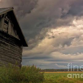 Jukka Heinovirta - Storm Rising On The Summer Fields