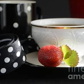 Luv Photography - Strawberry