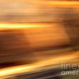 Robert Riordan - Streaks-From a Rolling Train
