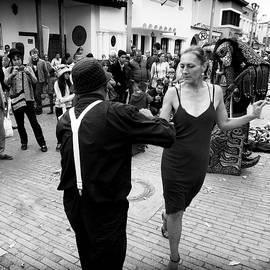 Daniel Gomez - Street Dancing