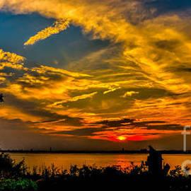 Nick Zelinsky - Summer Sunset Over the Delaware River