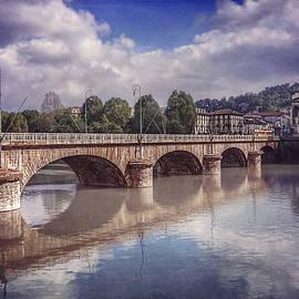 Carol Japp - Summer in Turin