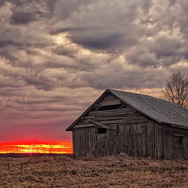 Jukka Heinovirta - Sun Sets Behind An Old Barn House