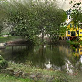 Wayne King - Sunlight Breaks Through on Chocorua Pond