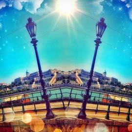 Luigino Bottega - Sunny Day In #budapest Like & Comment