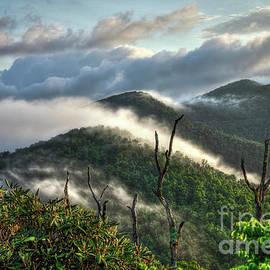 Reid Callaway - Sunrise Clouds Blue Ridge Parkway