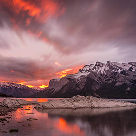 Yves Gagnon - Sunrise Lake Minnewanka