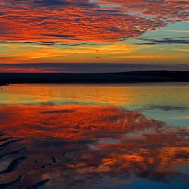 Dianne Cowen - Sunrise Melt Over Cape Cod Bay