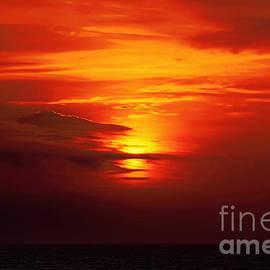 Sue Melvin - Sunset at Sea