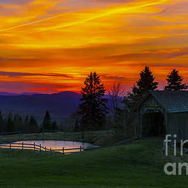 New England Photography - Sunset at the Foster Covered Bridge.