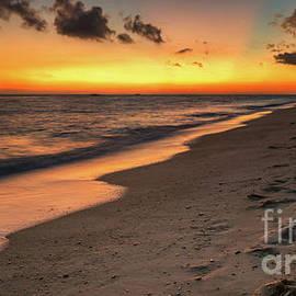 Adrian Evans - Sunset Boracay Philippines