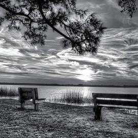 Phil Mancuso - Sunset In Black And White