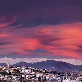 Guido Montanes Castillo - Sunset lenticular clouds over Granada and Sierra Nevada I