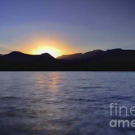 Mitch Shindelbower - Sunset On Maggie