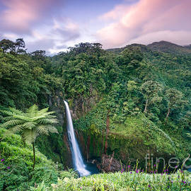 Matteo Colombo - Sunset over Catarata del Toro waterfall - Costa Rica