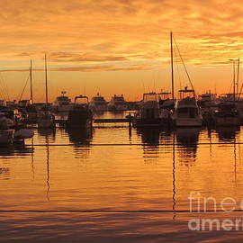 Jackie Tweddle - Sunset Over Hillarys Harbour Perth