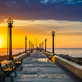 Renzo Scerpella - Sunset over Pier