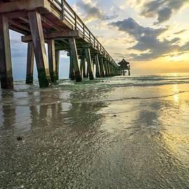 Joey Waves - Sunset Pier