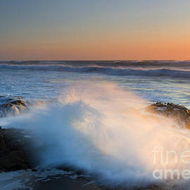 Sunset Wave Explosion - Mike Dawson