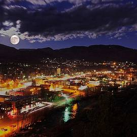 Matt Helm - Super-moon Over Steamboat