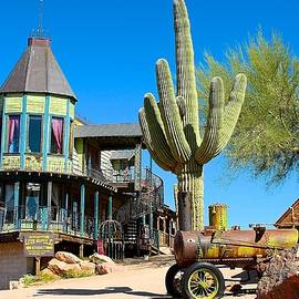 Barbara Zahno - Superstition Mountains Ghost Town