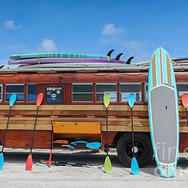 Liesl Walsh - Surfer Bus