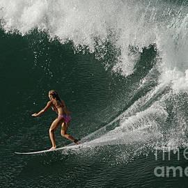 Bob Christopher - Surfing Hawaii 2