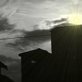 Valentino Visentini - Surreal Sun