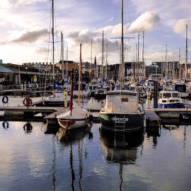 Lynn Bolt - Sutton Harbour Marina Plymouth England