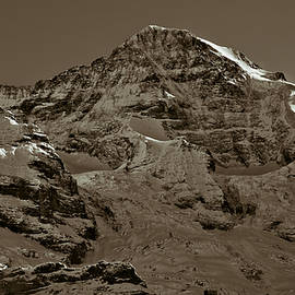 Swiss Mountain Landscape - Frank Tschakert