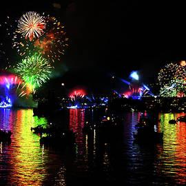 Miroslava Jurcik - Sydney Harbour In Colours