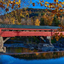 Jeff Folger - Taftsville covered bridge in autumn colors