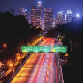 Aron Kearney - Take Me Downtown