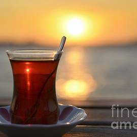 Jcfmorata - Tea and sunset in Istanbul