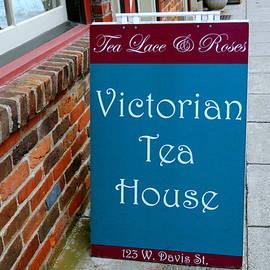 Arlane Crump - Tea House Sign