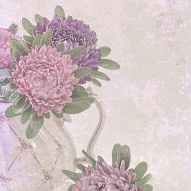 Sandra Foster - Tea Pot Asters