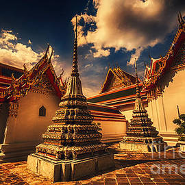 Charuhas Images - Temple in Bangkok
