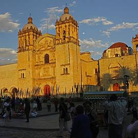 James Connor - Templo de Santo Domingo de Guzman