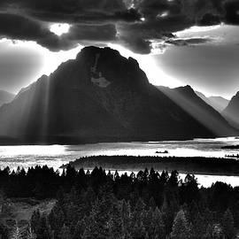 Aidan Moran - Tetons Cape Of Light