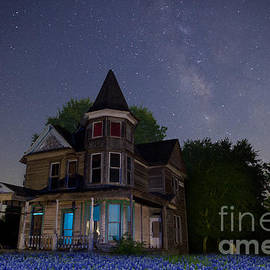 Keith Kapple - Texas Blue Bonnets at Night with Hearn Gidden House
