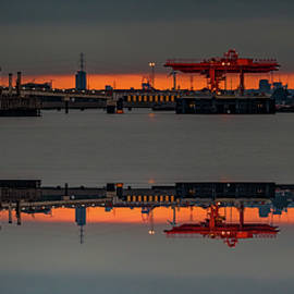 Thames Inverted