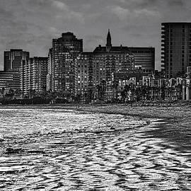 Joseph Hollingsworth - The Beach In Long Beach