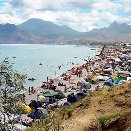 Yuri Hope - The beach of Koktebel, Crimea