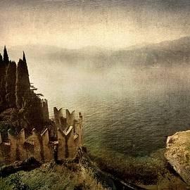 Vittorio Chiampan - The castle on the lake. Malcesine