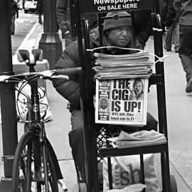 Miriam Danar - The Cig is Up - Newspaper Seller of New York